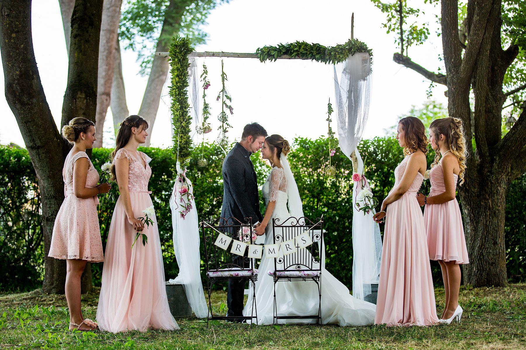 Das idyllische Schloss Pirkensee im Herzen der Oberpfalz zählt zu den besonderen Event-Locations für Hochzeiten.